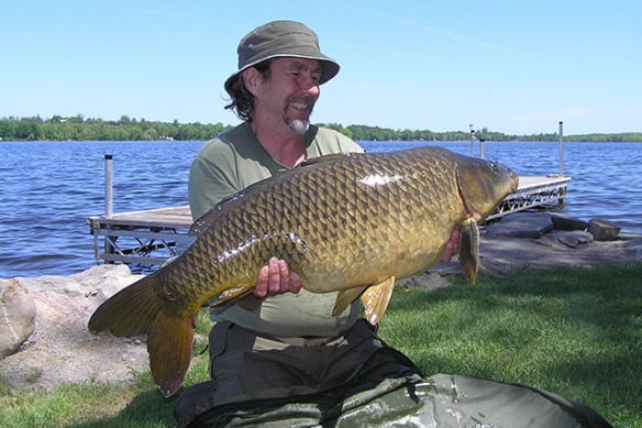 Spike with a great carp catch at Lakeside Cottages 2014