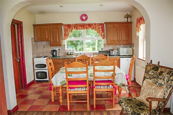 3-bed-kitchen-6